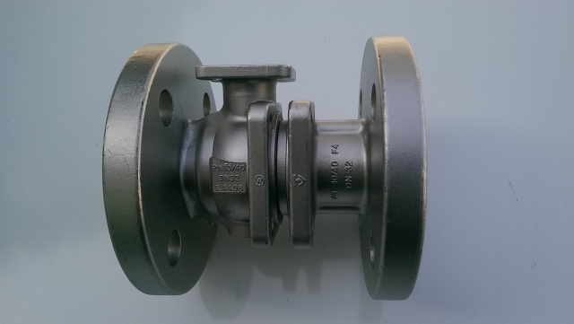 PC-body and cap flange ball valve